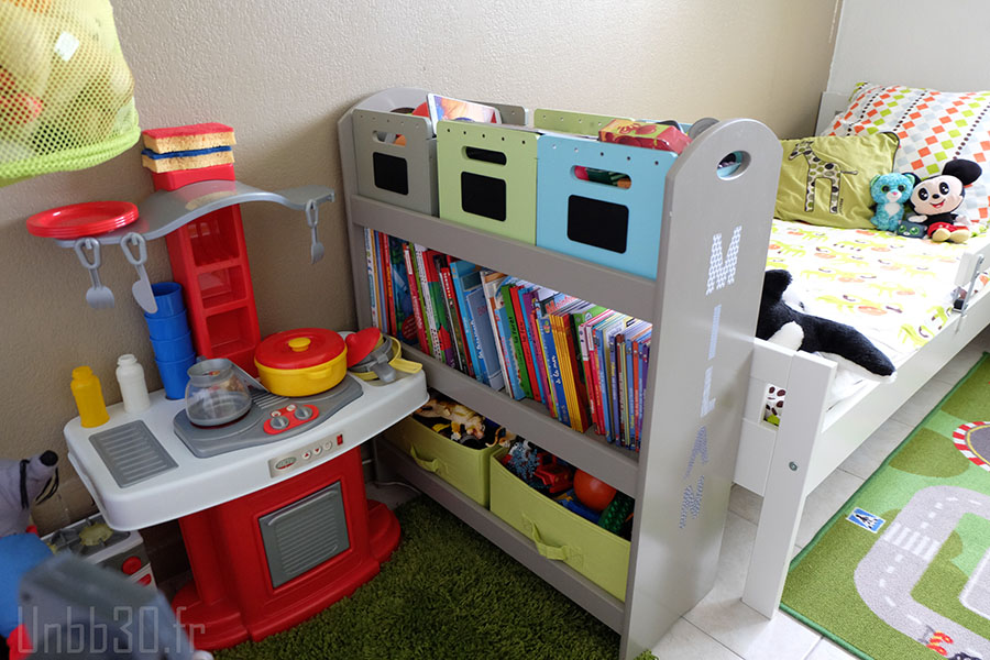 Chambre enfant gar on coin biblioth que unbb3 0 for Bibliotheque chambre